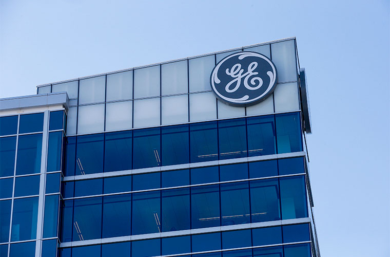 GE Slashes Dividend, Takes $22 Billion Charge in 3Q